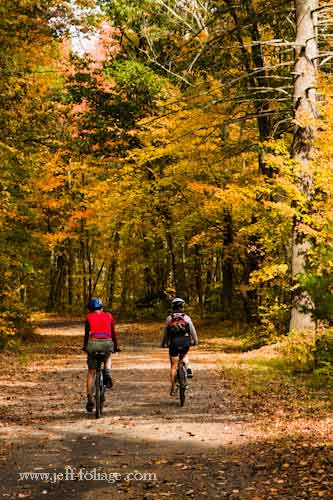Bicycle Touring In New England New England Fall Foliage