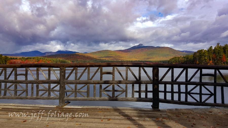 Chocorua Lake road divides Lake Chocorua from Little Lake